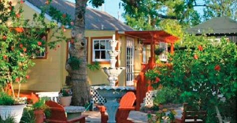 $159 for 2 nights at Clipper House Inn and Winery in Kemah