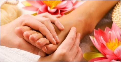 $20 for a 60-minute Aromatherapy Foot Massage